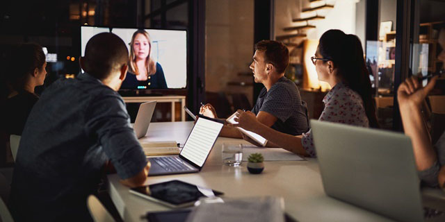 Unified communications video conferencing applications prioritized by SD-WAN